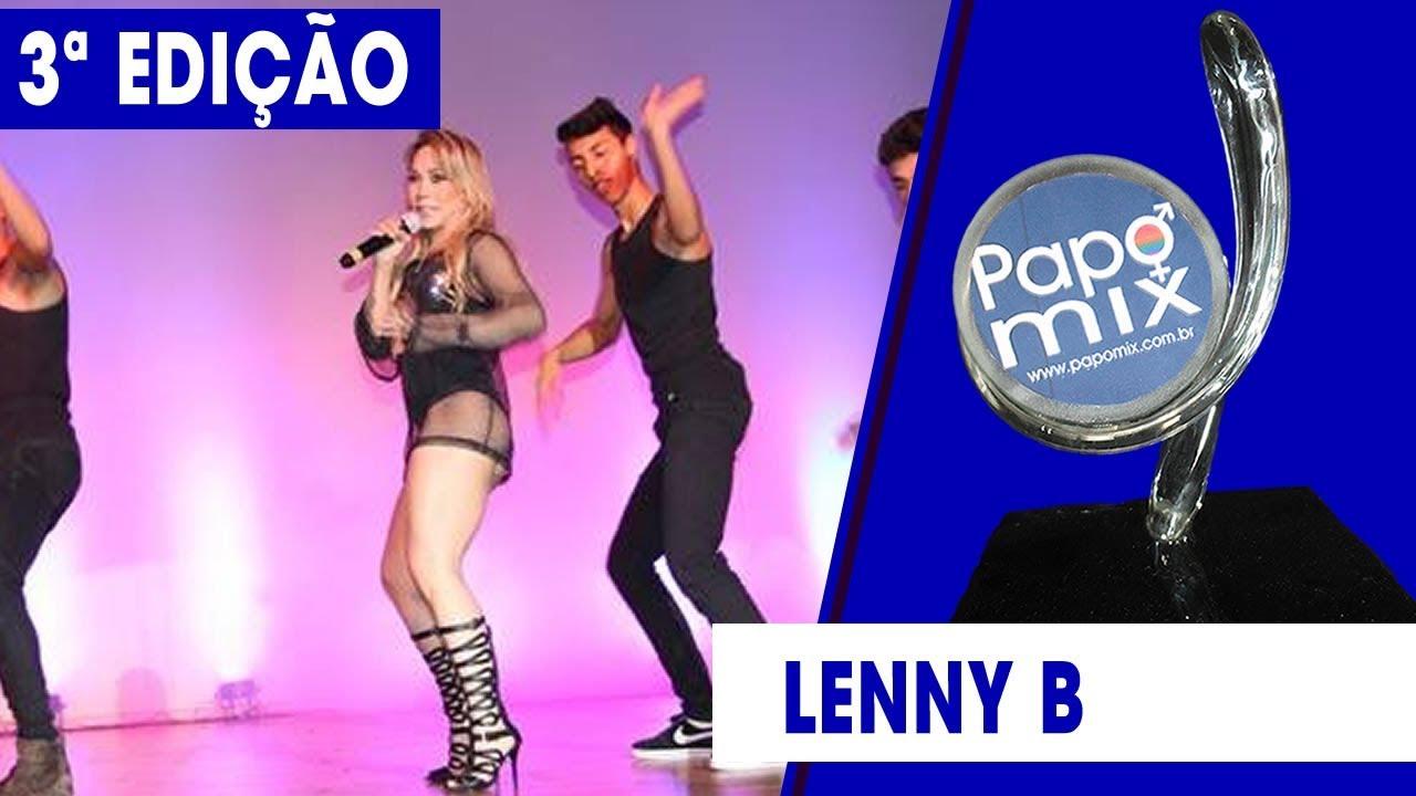 Photo of Cantora Lenny B realiza performance especial no Premio PapoMix da Diversidade