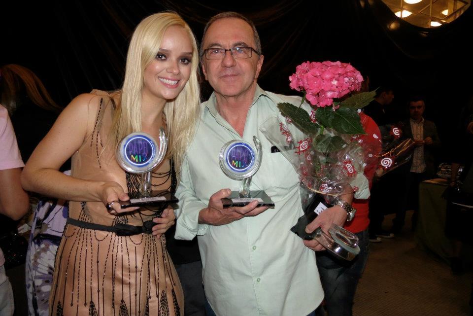 Photo of Victor da Blue Space e escritora Edith Modesto São homenageados da 1ª edição do Prêmio PapoMix