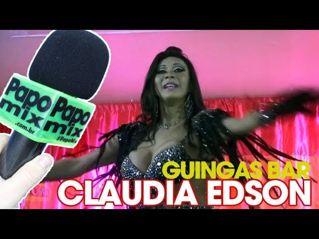 Photo of Claudia Edson, Diva Transex, em performance especial no Guingas Bar