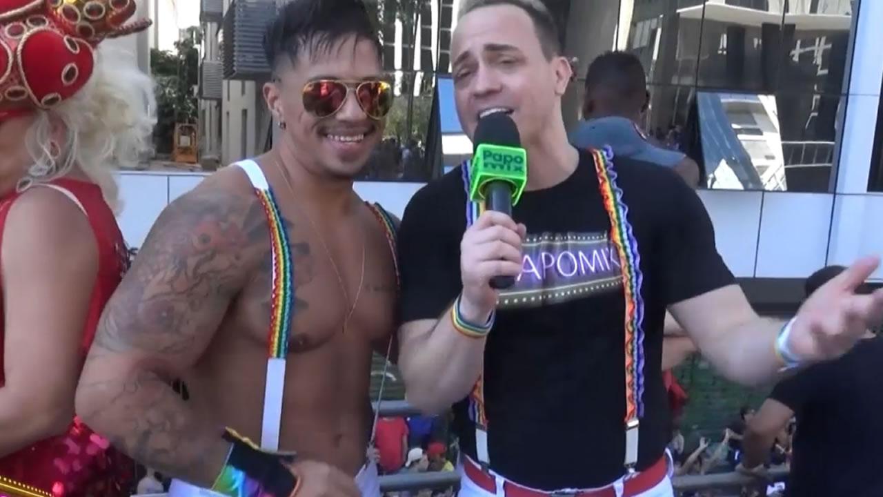 Photo of PapoMix na Parada LGBTI de São Paulo com o gogoboy Tonny Vinny