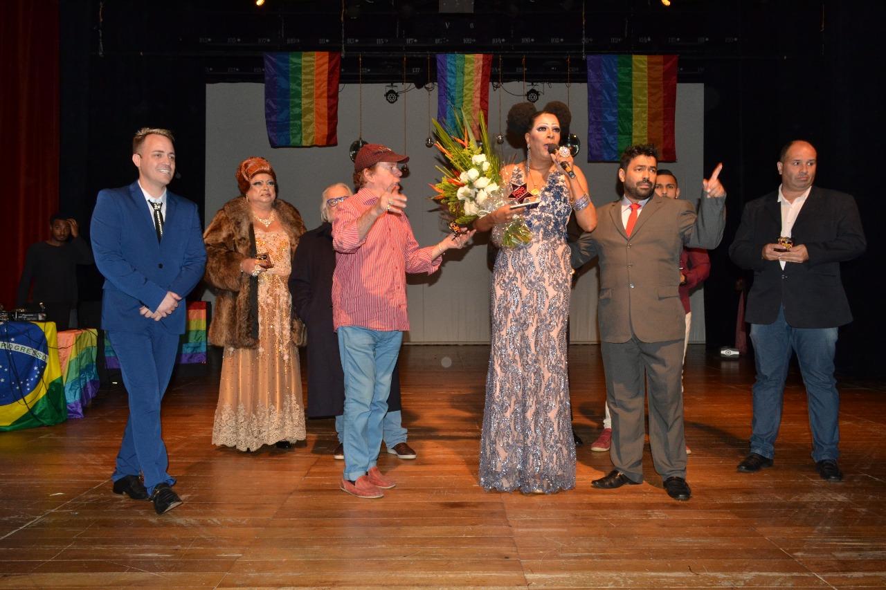Photo of 8ª edição do Premio PapoMix celebra a diversidade – Conheça os indicados!