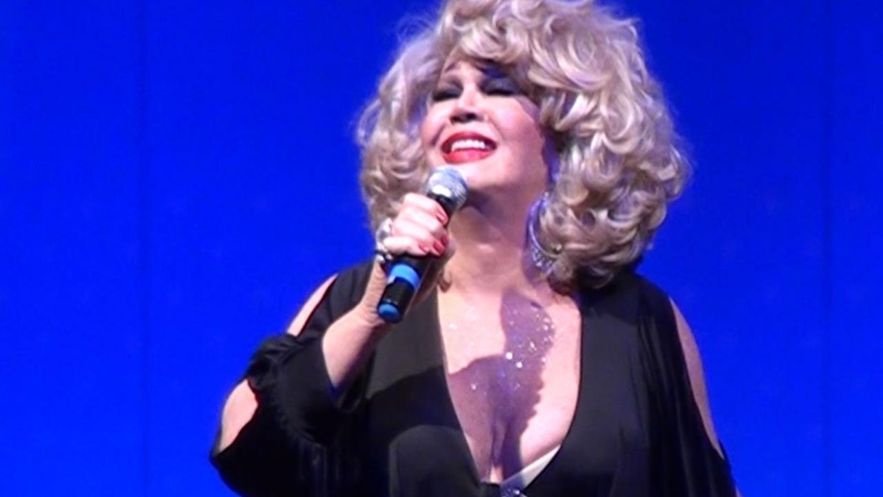 Photo of Divina Diva: Jane Di Castro recebe homenagem especial na 8ª edição do Prêmio PapoMix